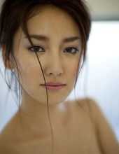 Natsuko Nagaike 05
