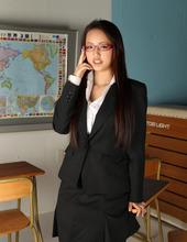 Busty Asian Yuki Mogami 10