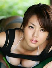 Sweet Sayaka Isoyama 08