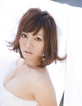 Beauty Sayaka Isoyama 06