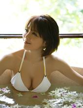 Yumiko Shaku 01