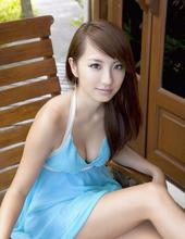 Stunning Beauty Azusa 02