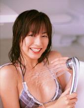 Yumi Sugimoto 03