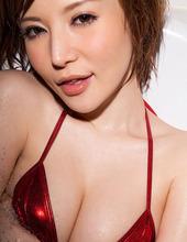 Yuria Satomi In Bikini 12