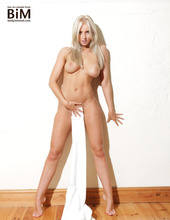 Lissy - Frisky Business 13