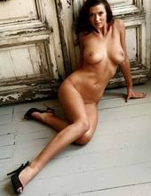 Alice Goodwin 06