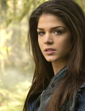 Marie Avgeropoulos 05