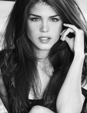 Marie Avgeropoulos 07