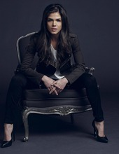 Marie Avgeropoulos 09