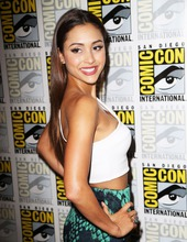 Lindsey Morgan 01