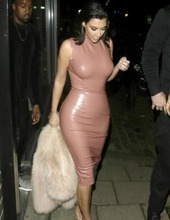 Kim Kardashian in latex 02