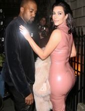 Kim Kardashian in latex 06