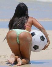 Claudia Romani On The Beach 00