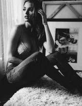 Alyssa Arce 09