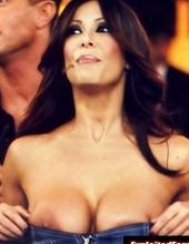 Hot Celebrity Nipple Slips 02