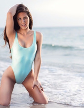 Amanda Nicole 04