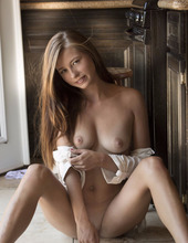 Blonde Teen Nois 17
