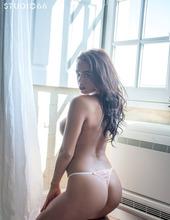 Lara Rose 07