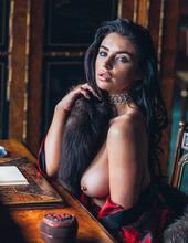 Scarlet Bouvier 02