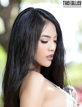 Hot Asian Brunette Babe Arya 03