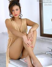 Asian Babe Marisa 00