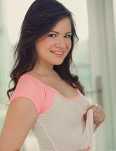 Alison Rey 03