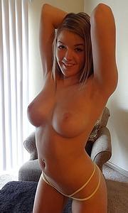 Hot show by Sophia