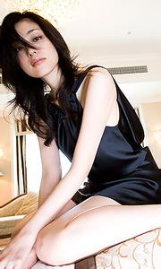 Noriko Aoyamatouch