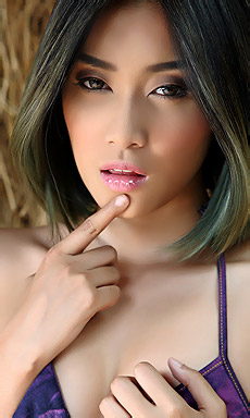 Hot Asian Girl Apple