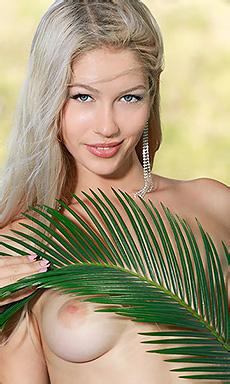 Exotic Beauty Xana
