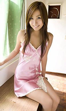 Sexy Rina Akiyama